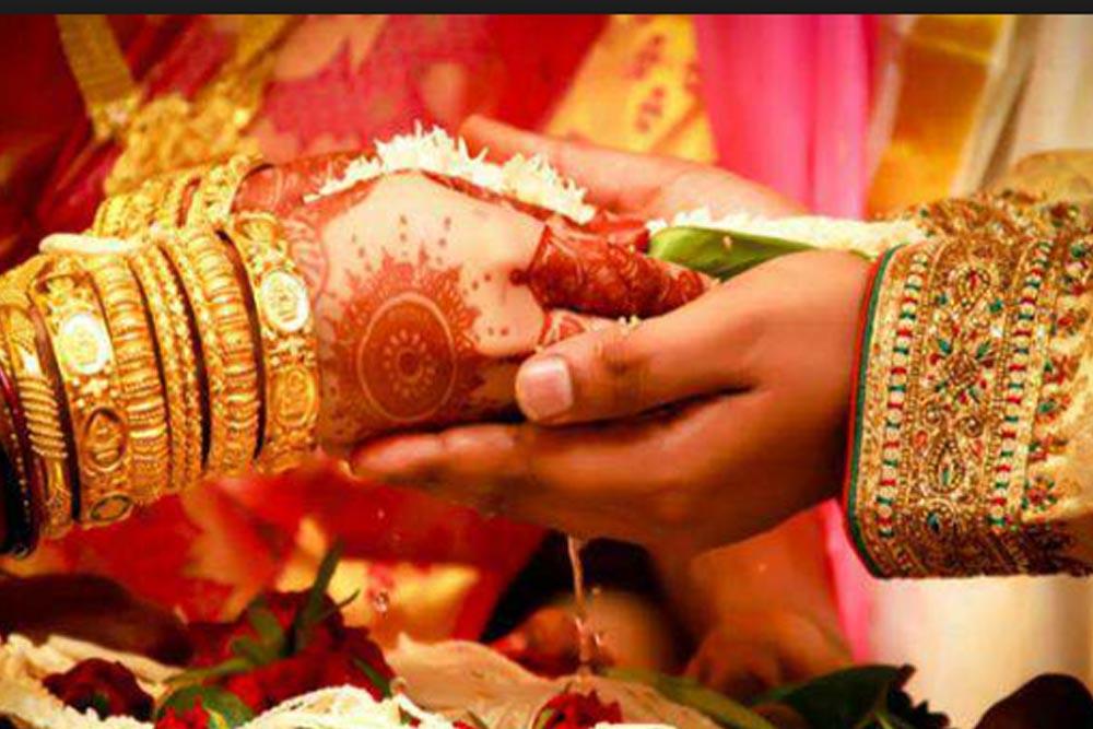 Mangesh Weds Meenakshi